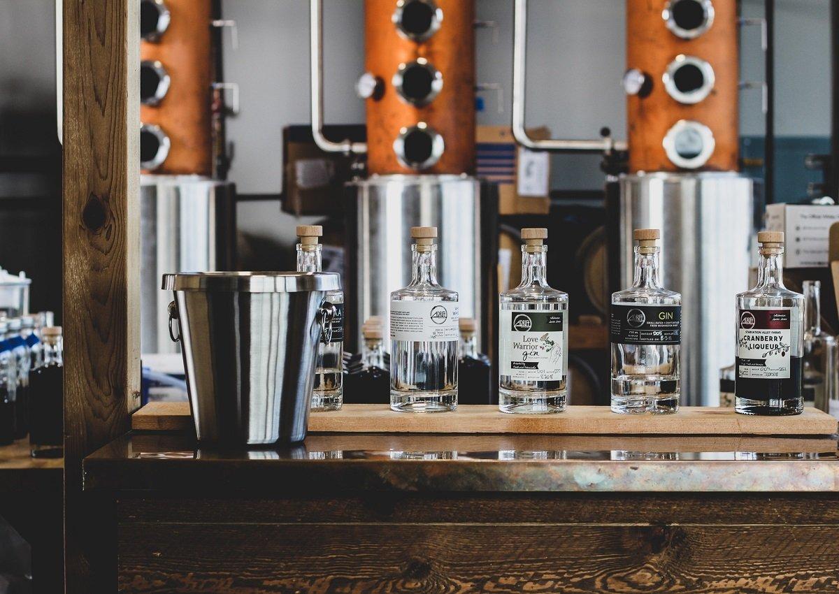 Adrift Distillers Tasting Room