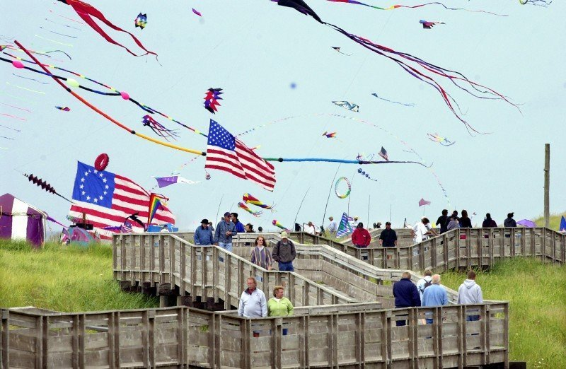 HANDS-ON FUN ENCOURAGED AT WASHINGTON STATE INTERNATIONAL KITE FESTIVAL IN LONG BEACH, AUG. 15 THROUGH 21, 2016
